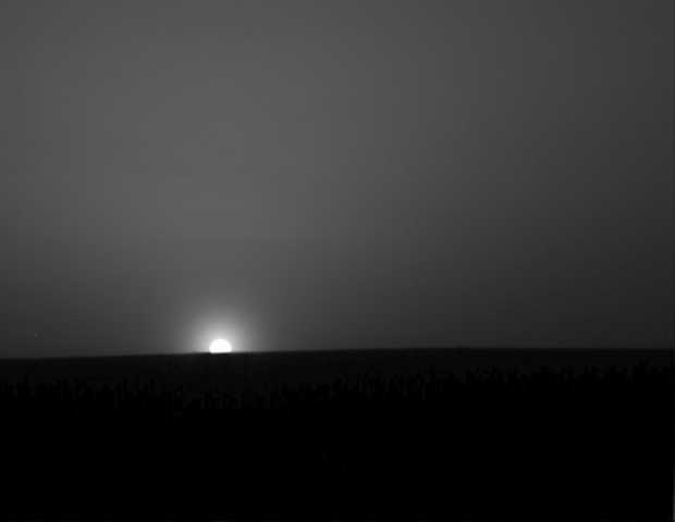 Sunrise on Mars, taken by the Phoenix lander. Image courtesy NASA, JPL, University of Arizona