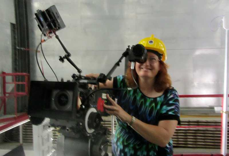 Sheila Crosby and a 38,000 € camera inside GTC, La Palma