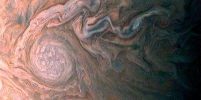 Jupiter-juno_red